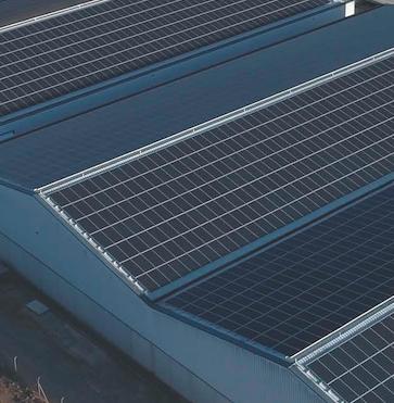 """El Diploma de Extensión Universitaria en energía solar fotovoltaica de la UPV y la empresa Cubierta Solar te invitan a la Jornada """"El autoconsumo fotovoltaico teoría y práctica. Caso de éxito""""."""